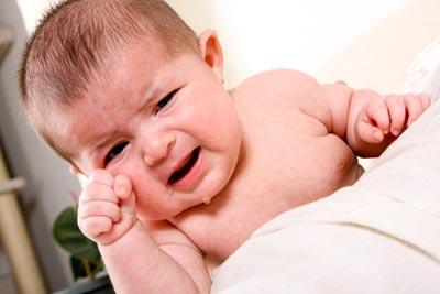 regurgitation lait bébé